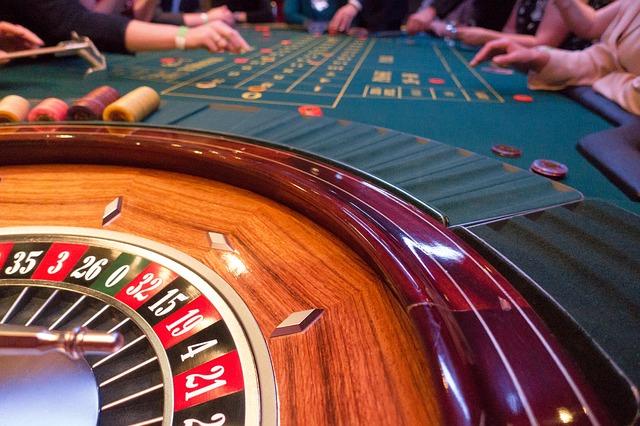 Roulette methods on split bets